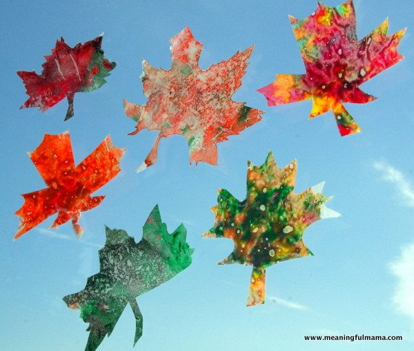 1-leaf-crayon-craft