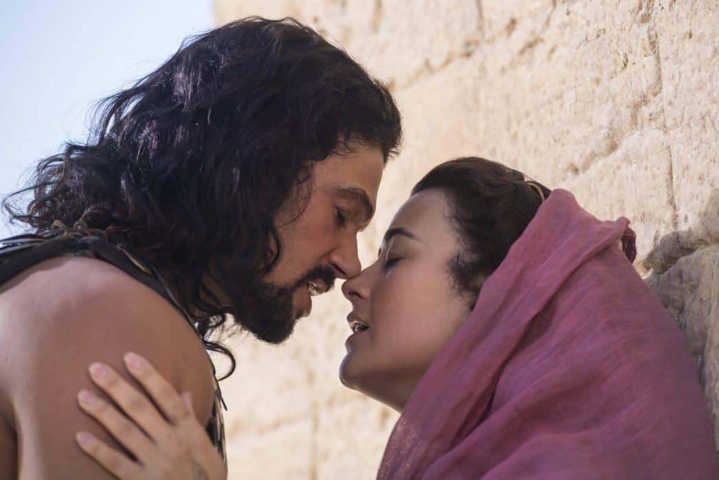 THE DOVEKEEPERS, a four-hour limited event series from executive producers Roma Downey and Mark Burnett, will be broadcast Tuesday, March 31 and Wednesday, April 1, 2015 (9:00-11:00 PM, ET/PT) on the CBS Television Network.  Kathryn Prescott stars as Aziza, one of the title dovekeeper roles. The series is based on Alice Hoffman's bestselling, critically acclaimed historical novel about a group of extraordinary women whose lives intersect in a fight for survival at the siege of Masada. Pictured:  Mido Hamada as Eleazar Ben Ya'ir, Cote de Pablo as Shirah. Photo: Mark Cassar.CBS ©2014 CBS Broadcasting, Inc. All Rights Reserved.