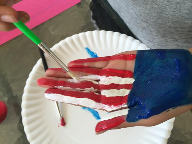 4th of July flag handprint craft