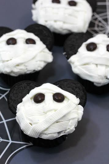 mickey mummy cupcake 5