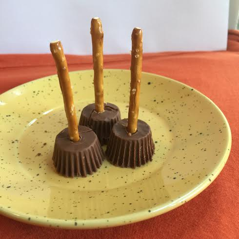 witches brooms with peanut butter minis and stick pretzels