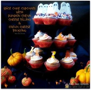 Spice Cake Cupcakes with Pumpkin Cream Cheese filling #12daysof