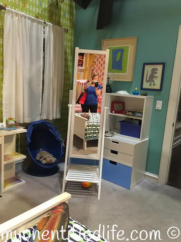 kids room ...can you see me now