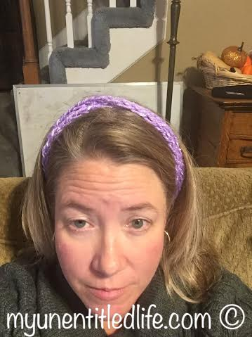 finger knitted headband diy