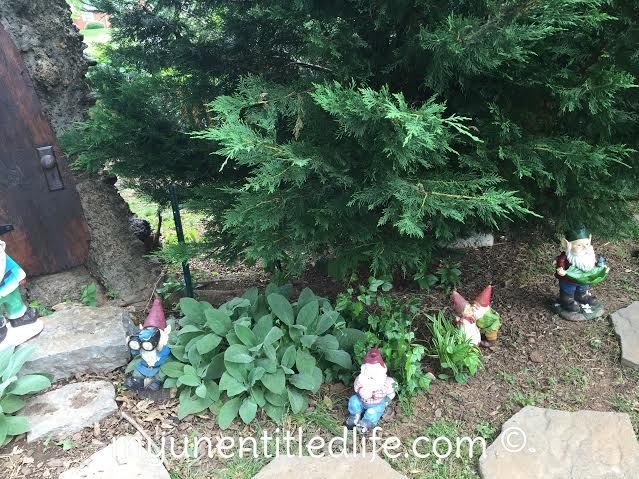 how to build a backyard gnome village