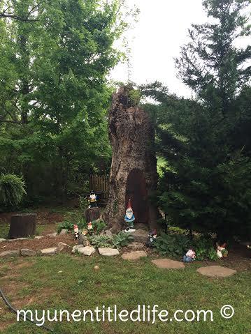 how to make a backyard gnome village