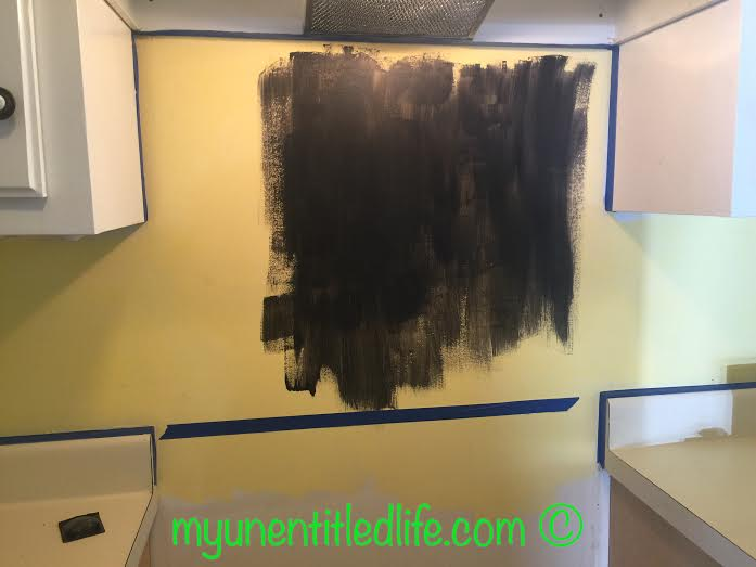 painting the chalkboard backsplash