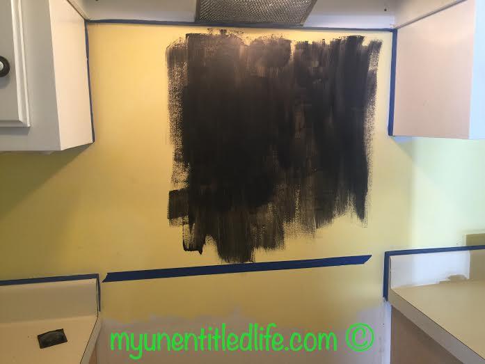 painting the chalkboard backsplash