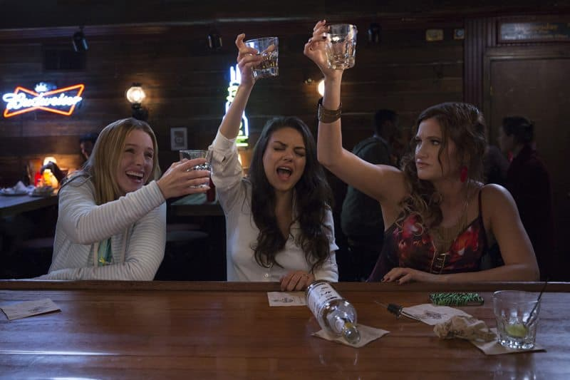 review of bad moms the movie