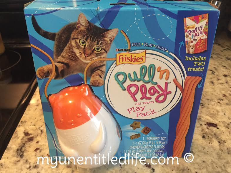 friskies-pull-n-play-fun-with-cats