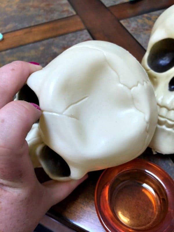 skull candle holder DIY